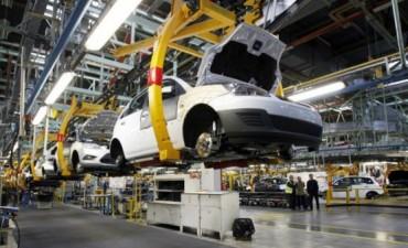 En medio de la crisis automotriz, Massa propuso eliminar el impuesto