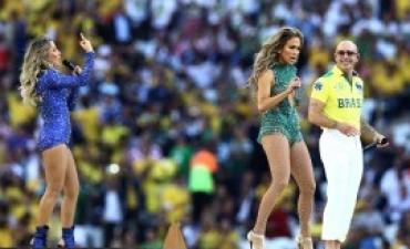 Con todo el color de Brasil, comenzó el Mundial