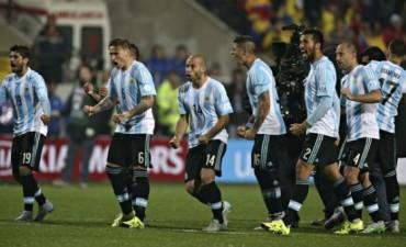 Argentina consiguió en los penales lo que mereció largamente en el juego y es semifinalista de la Copa