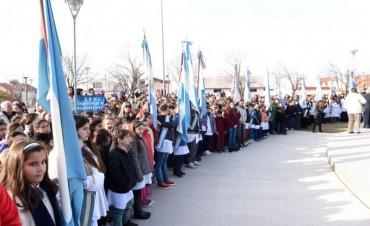 Promesa a la bandera en el Regimiento: SUTEBA pide diálogo