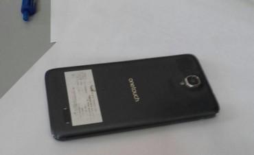 Un aprehendido por robar un teléfono celular