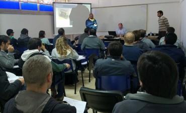 Desarrollo Económico: seminario SolidWorks