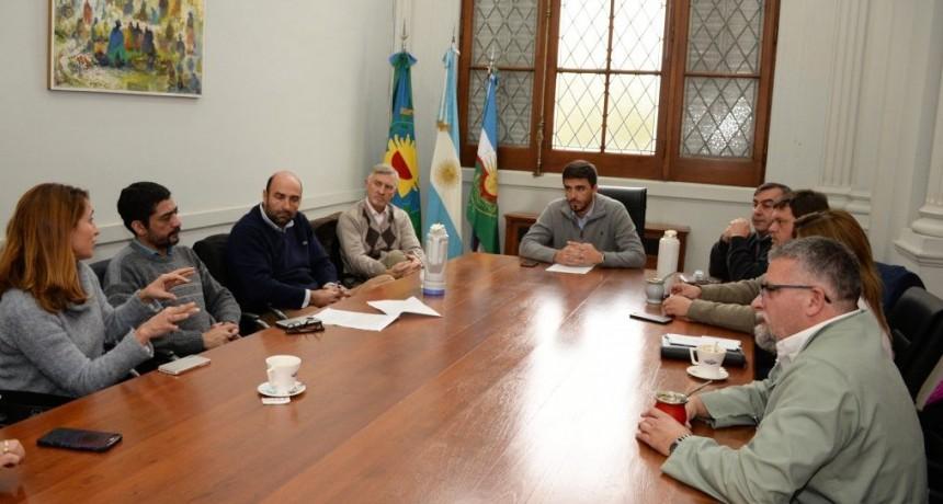 Galli se reunió con referentes del Colegio de Farmacéuticos de Olavarría