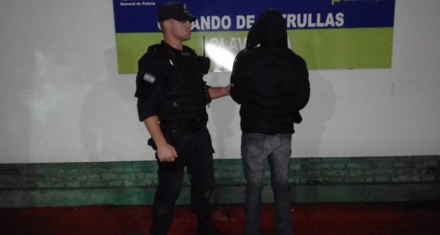 Disparó seis tiros a la policía: quedó detenido