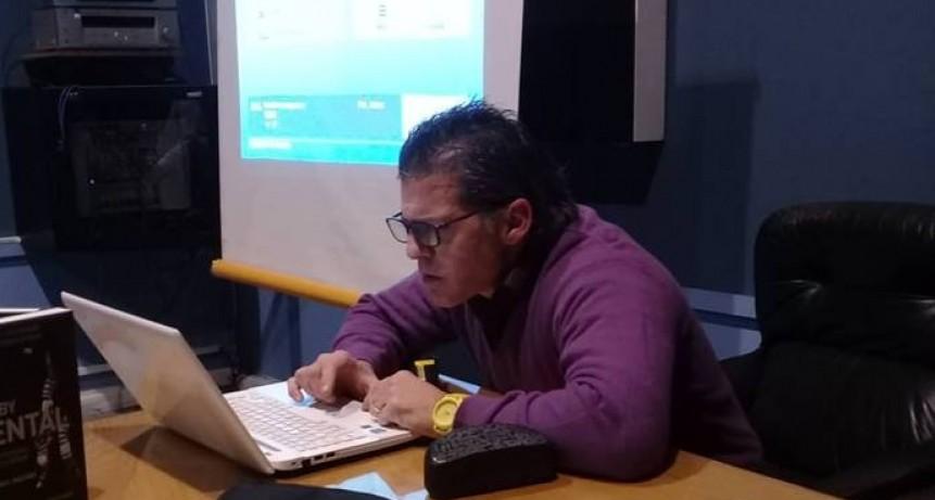 Conferencia de Fernando Saccone
