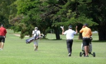 Adolfo Mosescu y Marcelo Alonso ganaron en Golf