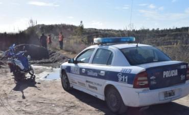 Trabaja la policía tras el hallazgo de un cuerpo en Sierra Chica