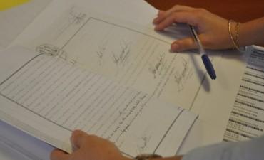 En Olavarría familias recibirán y firmarán sus escrituras