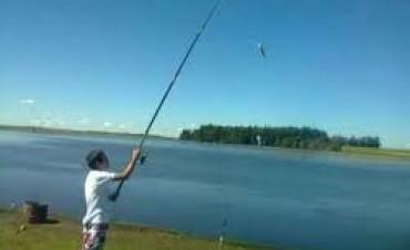 Pescando en la Región este sábado trajo informes marítimos y lagunares