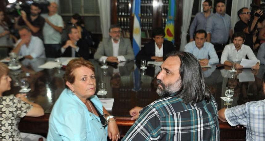 Docentes: dictan conciliación obligatoria otra vez y llaman a paritaria el jueves 23