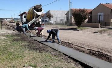 González Hueso anuncio el inicio de la construcción del cordón del Barrio Educadores