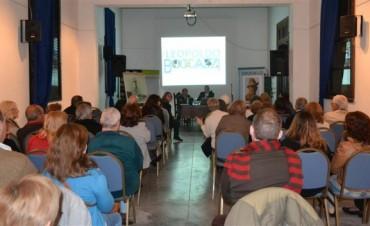 Más de 2000 personas visitaron este domingo la Feria Libros en Olavarría