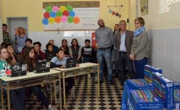 En Olavarría ya son 15.000 los estudiantes que tienen su netbook