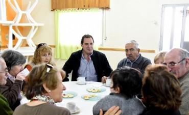 'Es injusto el cobro de las tasas para el carné a los adultos mayores'