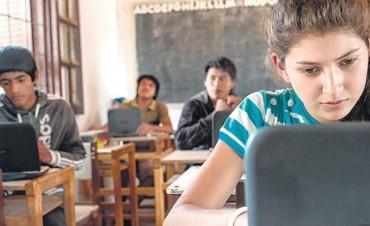 Educación: cómo usan internet los adolescentes