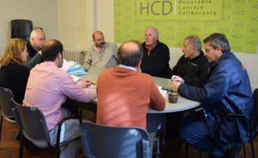 Reunión en Infraestructura por el Monumento al Trabajo