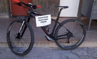 Recuperan bicicleta de competición sustraída del Palacio Municipa