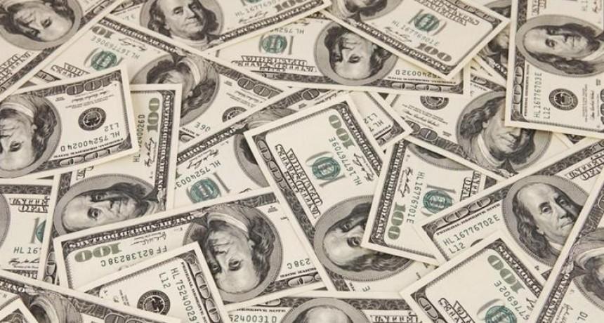 El dólar anota su segunda rueda en baja: cede 69 centavos a $ 38,59