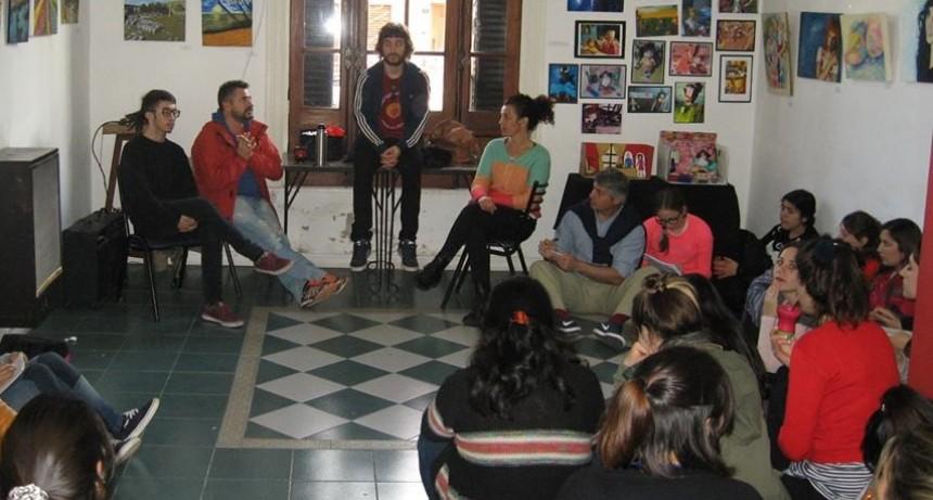Alumnos de Artes visuales realizan pasantías en el Centro Cultural San José