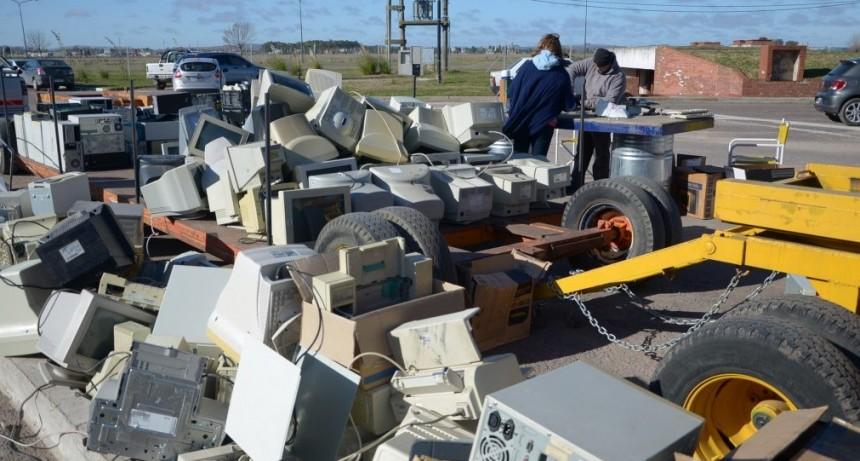 Nueva jornada de recolección de basura electrónica