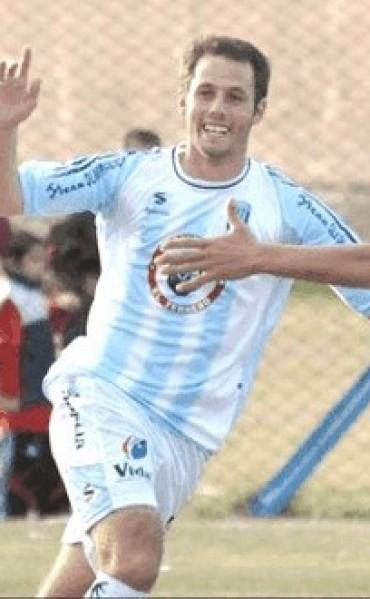Fútbol: Actualidad de Ferro con Juan José Longhini