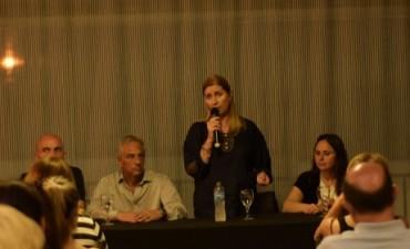 Liliana Schwindt y José Eseverri encabezaron un encuentro con Fiscales Generales del Frente 1País