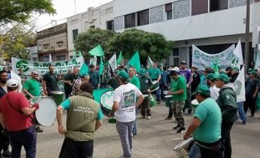 Protesta de trabajadores nucleados en SMATA