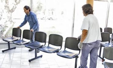 Nuevas sillas para la guardia del Hospital Pintos