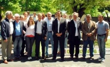 Massa reúne a su grupo de intendentes en Malvinas Argentinas