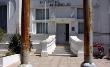La cooperadora del Hospital de Hinojo quiere pintar el exterior del edificio