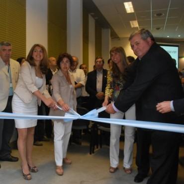 La Presidenta del Concejo Deliberante, Carolina Szelagowski encabezó la inauguración oficial de la Expo Trans & Log en el CEMO