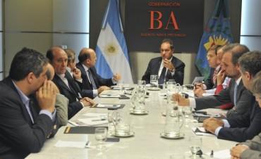 "Scioli con dirigencia agropecuaria por ""agenda campo"""
