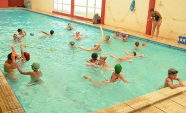 """Culminó la edición 2013 del Programa """"Todos podemos nadar"""""""