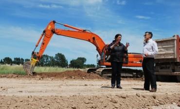 Continúan los trabajos de mejoramiento en las calles del Parque de Granos y la ZALO