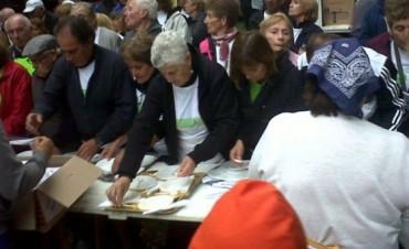 Alrededor de 100 voluntarios de los programas de Deportes Municipal participaron de la Fiesta Aniversario