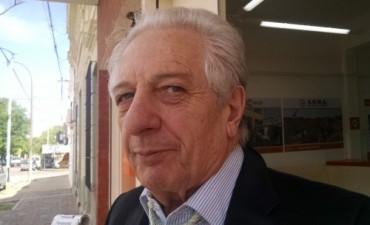 Cuartango descartó un bono de fin de año y defendió su gestión
