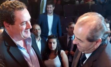 Vitale junto a Massa con el ex fiscal italiano Di Pietro