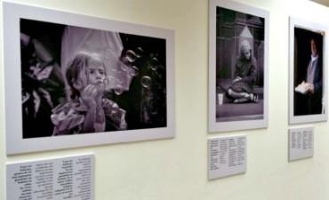 Exposición de fotos y poesías para no videntes