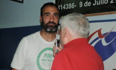 Mauricio Beltramella analiza el retorno a la victoria de Ferro por el Provincial de basquet