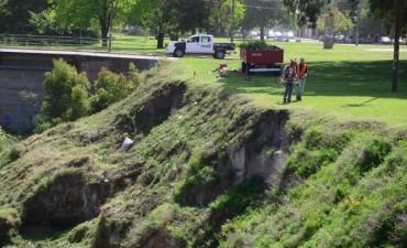 El Municipio avanza con la limpieza del arroyo Tapalqué