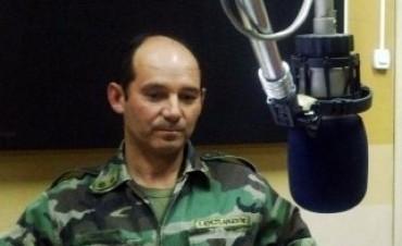 El ex jefe del regimiento local Teniente Coronel Martin Tonellier se despidió del soldado fallecido