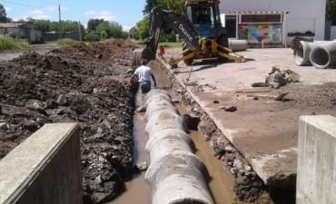 Trabajos hidráulicos en Hinojo