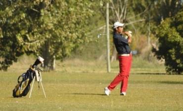 El golf sigue vigente en el verano