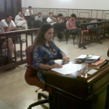 Consejo Escolar: piden la destitución de César Arbío por asumir como Concejal