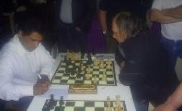 Luis Arispe Campeón del