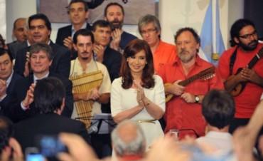 Fiesta de la Democracia con discurso de la Presidenta por Cadena Nacional