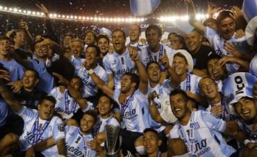 Racing es campeón del fútbol argentino después de 13 años
