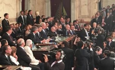 Ezequiel Galli participó de los actos de asunción de Macri y Vidal
