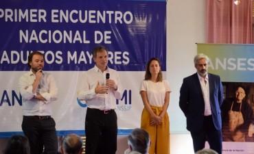 Olavarrienses en el Primer Encuentro Nacional de ANSES y PAMI con adultos mayores