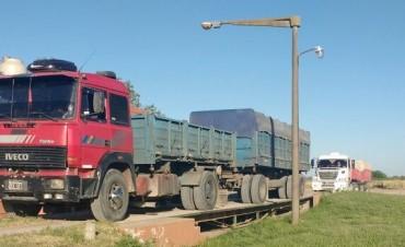 Se detectaron dos camiones con sobrecarga